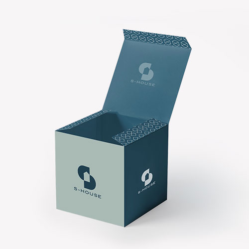 Cube Packaging for Products
